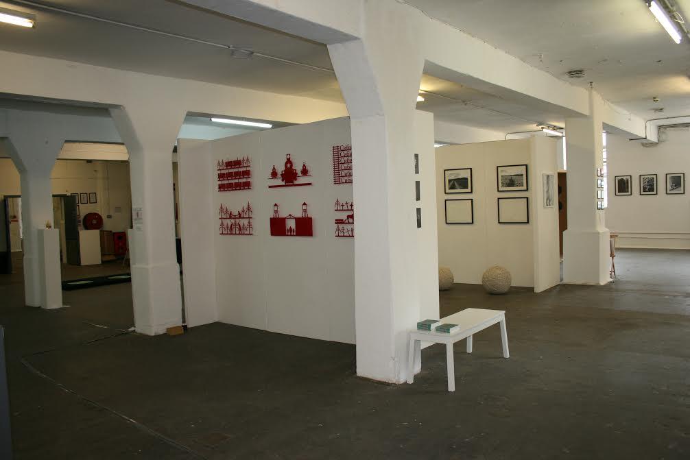 art gallery walling