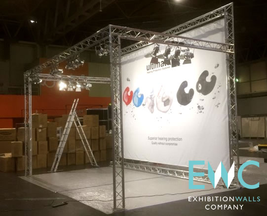 Exhibition Stand Truss : Truss lighting frame for exhibition stand walls